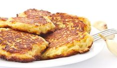 Use all those leftover mashed potatoes from the holidays in this inexpensive dish – potato pancakes. Potato Dishes, Potato Recipes, Inexpensive Healthy Meals, Breakfast Recipes, Dinner Recipes, Breakfast Ideas, Yummy Recipes, Bulgarian Recipes, Bulgarian Food