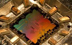 Les qubits des ordinateurs quantiques naissaient il y a 25 ans
