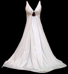 Vintage nightgown...I am SOO in love with this!!