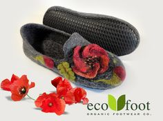 Cozy felted slippers for women's Indoor footwear Handmade felt shoes made to order Natural organic slippers is not painted wool - slippers for women's, Indoor footwear, Handmade felt shoes, not painted wool, Women's house shoes, Handmade slippers, wool slippers, Women slippers, House shoes, Felted slippers, Felt shoes, woolen slippers, felted wool slippers