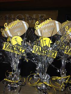 Football banquet senior keepsakes/table decor - Football Table - Ideas of Football Table Cheer Banquet, Football Banquet, Football Awards, Football Cheer, Sports Awards, Baseball Party, Football Season, Senior Football Gifts, Football Spirit
