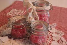 Bailey`s-kinuskikakku - Vaniljapullan keittiössä - Vuodatus.net Mason Jars, Decor, Decoration, Mason Jar, Decorating, Glass Jars, Deco, Jars