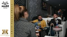 Amigos de Mare Club. Servicio de catering de ShishaBar by narguile club en Mare Club Dos Hemanas - Sevilla.