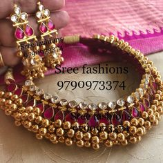 15 Gorgeous Gold Plated Jewellery Designs To Wear With Sarees Silver Jewellery Indian, Gold Jewellery Design, Silver Jewelry, Silver Ring, Silver Choker, Temple Jewellery, Antique Jewellery, Diamond Jewelry, Saris