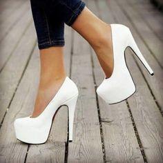 60 Trending Fall Street Style Outfit Ideas To Upgrade Your Wardrobe - Louboutin blanche femme Stilettos, Pumps Heels, Stiletto Heels, Glitter Heels, Flats, Black Heels Low, White Heels, Green Heels, White Wedges