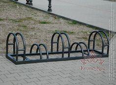 Suport bicicleta metalic stradal BIKE-5 pentru sustinerea a 5 biciclete in parcuri, strazi, scoli, parcari si alte spatii publice.