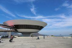 AD Classics: Niterói Contemporary Art Museum / Oscar Niemeyer