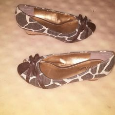 Kelly & Katie wedges Gently used size 5 1/2 animal print wedges Kelly & Katie Shoes Wedges