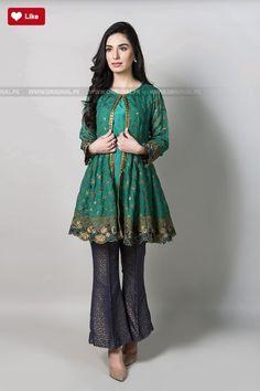 Fashion & Arts - Girls short frock fashion,coat style fashion Source by - Pakistani Fashion Casual, Pakistani Dresses Casual, Pakistani Wedding Outfits, Pakistani Dress Design, Indian Dresses, Indian Fashion, Casual Dresses, New Dresses 2017 Pakistani, Simple Dresses