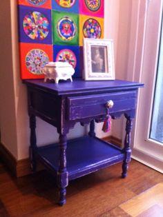 MESA VIOLETA DECAPADA Cool Chairs, Painted Furniture, Entryway Tables, Decoupage, Sweet Home, Future, Cool Stuff, Purple, Diy