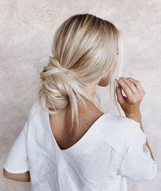 46 Platinum Pearl Blonde Hair Colors For Long Hair Hair Medium Length Hairstyles, Cute Hairstyles For Medium Hair, Cute Simple Hairstyles, Pretty Hairstyles, Stylish Hairstyles, Easy Hairstyles, Hair Medium, Hairstyle Ideas, Wedding Hairstyles
