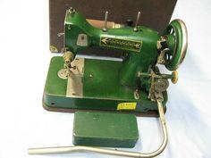 Mundlos Farmers Vintage Sewing Machine