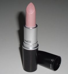 My favorite lipstick: MAC Pretty Please
