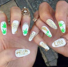 Spiffy Spliff // Weed-Inspired Nail Art Ideas