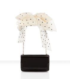 $1500 louboutin artemis bow clutch | So damn pretty!