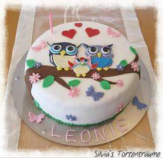 Silvia's Tortenträume: Eulen Eulen-Paar Torte Cake Kuchen Biskuit Raffaello Sahne Baumstamm Anleitung Tutorial Kindertorte Fondant Motivtorte