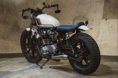 '79 Yamaha XS650 – Analog Motorcycles | Pipeburn.com