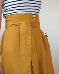 La jupe-culotte La désinvolte version PDF – Expolore the best and the special ideas about Haute couture Casual Couture, Couture Outfits, Couture Fashion, Spring Couture, Pakistani Outfits, Pakistani Clothing, Casual Summer Outfits, Skirt Outfits, Boutique