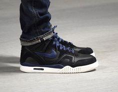 nike air tech challenge II black blue