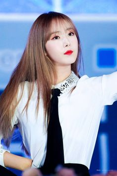 Photo album containing 18 pictures of SinB Kpop Girl Groups, Korean Girl Groups, Kpop Girls, Sinb Gfriend, Latest Music Videos, Fan Picture, Entertainment, My Wife Is, G Friend