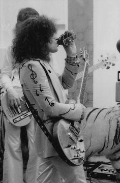 Born to Boogie set Poetry Photos, Electric Warrior, Marc Bolan, David Bowie, Jelly, Basement, Films, Icons, Rock