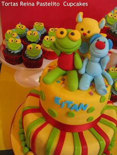 Reina Pastelito Cupcakes Tortas: Torta Sapo Pepe y Pepa Cupcakes Sapo pepe