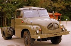 an ex-Czech army truck w/ air-cooled, multi-cylinder diesel and central backbone tube chassis with swing axles. Tube Chassis, Army Vehicles, Busses, Commercial Vehicle, Classic Cars Online, Diesel Engine, Old Trucks, Old Cars, Motor Car