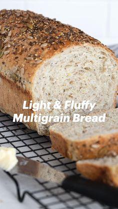 Quick Bread Rolls, Yeast Bread Recipes, Bread Bun, Multigrain, Bread Board, Breakfast Time, Dough Recipe, Baked Goods, Bakery