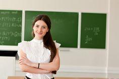 Ξεκινούν από σήμερα οι αιτήσεις ωρομισθίων εκπαιδευτικών για τις ΕΠΑΣ του ΟΑΕΔ . Πτυχιούχοι Γαλλικής και Αγγλικής Φιλολογίας μπορούν να κάνουν αίτηση δηλών...
