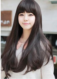 I'm considering getting bangs and this might work since my hair looks a lot like this