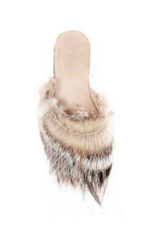 Sassy santa slippers. Ibumovement.com