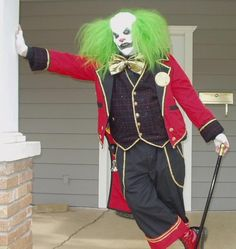 Pumpkin pie. Any progress on your hubby's costume? I love the photo with the jacket and Top Hat. I'm going for an evil clown costume but would like a Circus Ringmaster like outfit. Very similar to what you have...but more clownish than GQ. Something more like this: