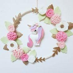 Unicorn wall hanging Now up for sale in the etsy shop #unicorn #unicorndecor #iloveunicorns #unicornlover #girlsdecor #dreamcatcher #dreamcatchers #feltflowers #felt #australianhandmade #etsyau #girlsroom #babyshowergift #nursery #girlsroomdecor #kidsdeco