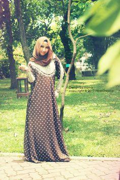 Abaya - polkadots!