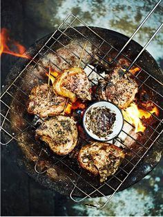 camping ideas, camping tips, camping food Dog Recipes, Great Recipes, Healthy Recipes, Game Recipes, Bon Weekend, Churros, Fire Cooking, Outdoor Cooking, Outdoor Food