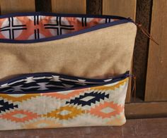 Agave Clutch Tutorial by Fabric Mutt featuring Arizona for Art Gallery Fabrics Coin Purse Tutorial, Zipper Pouch Tutorial, Tote Tutorial, Sewing Tutorials, Bag Tutorials, Sewing Projects, Sewing Ideas, Bag Patterns To Sew, Sewing Patterns