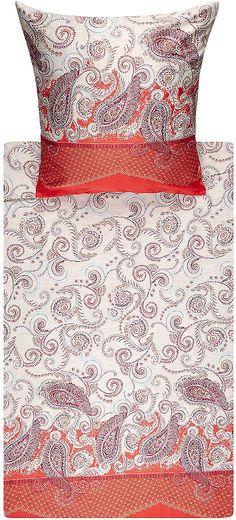 Hübsche Bettwäsche »Bellini« der Marke Bassetti. Schön verspielt wirkt dieses Muster mit Blumenranken und Paisleys - lassen Sie Ihr Schlafzimmer durch diese Bettwäsche verzaubern. Die Farben sind modern und machen gute Laune, der Stoff fühlt sich weich an und ist hautfreundlich. In der feinen Mako-Satin Qualität aus reiner Baumwolle werden Sie also ganz entspannte Nächte verbringen können. Kiss...