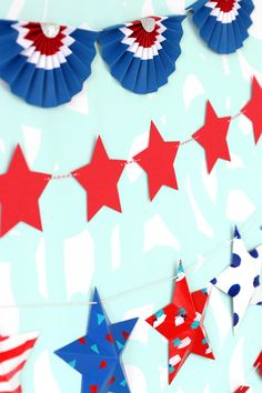 Celebrate summer and Fourth of July with these easy DIY Patriotic Paper Bunting Banners that you can create with basic paper crafting supplies Paper Bunting, Bunting Banner, Banners, Banner Ideas, Honeycomb Decorations, 4th Of July Decorations, Diy Paper, Paper Crafts, Patriotic Bunting