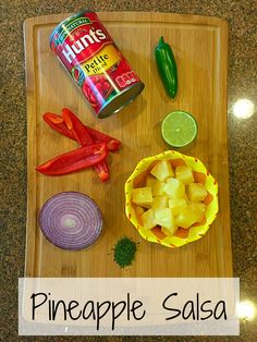 Easy recipe for pineapple salsa is here. Takes less than 5 minutes to dice these fresh ingredients to make a colorful pineapple salsa appetizer. Easy Pasta Recipes, Spicy Recipes, Easy Dinner Recipes, Summer Recipes, Mexican Food Recipes, Cooking Recipes, Healthy Recipes, Delicious Recipes, Pineapple Salsa