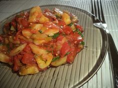 Ghiveci cu dovlecel, praz si rosii Romanian Recipes, Romanian Food, Ratatouille, Bruschetta, Vegetarian, Vegan, Ethnic Recipes, Vegans