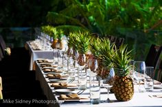 Pineapple Table Decor at Merriman's Kapalua  www.mikesidney.com
