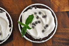 Paleo mint chip ice cream pie recipe