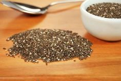 Mici dinamuri, nutritive, semintele Chia sunt cea mai bogata sursa de omega 3. Incarcate cu antioxidanti, proteine si minerale, plus fibre solubile si insolubile pentru a ajuta la digestie, semintele de chia furnizeaza energie pe tot parcursul zilei si...