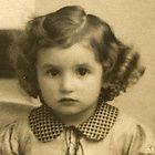 Dina Jeannette de Jong Captain Corellis Mandolin, Plus Jamais, Old Faces, Innocent Child, Never Again, Lest We Forget, Child Face, Anne Frank, Memories