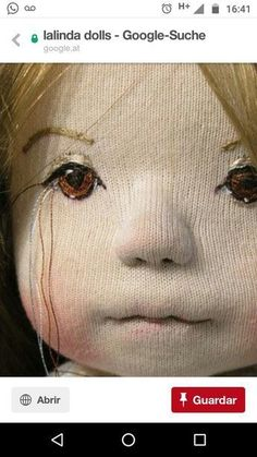 gostaria de saber qual tecido usado para fazer as bonecas Doll Eyes, Doll Face, Doll Crafts, Diy Doll, Sewing Dolls, Doll Tutorial, Waldorf Dolls, Doll Head, Soft Dolls