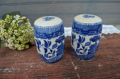 ✿  bluefolkhome on etsy✿  $22.90 ✿  Vintage Blue Willow Salt Pepper Shakers in Japan Blue Willow Salt and Pepper Shakers I Ship Worldwide