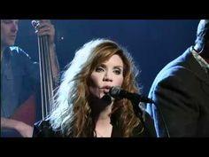 Alison Krauss   Lay My Burden Down. Such talent on that stage!