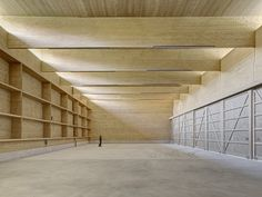 © Jürg Zimmermann  Workshop AWEL Andelfingen / Rossetti+Wyss architects  wood interior open space architecture