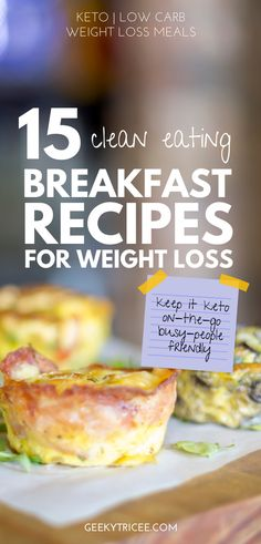 Easy keto breakfast recipes to help you stick to your ketogenic diet on those busy mornings when you need something on the go. Make ahead, quick, low carb healthy breakfast recipes also perfect for beginners. Keto breakfast recipes for weight loss you can Ketogenic Breakfast, Clean Eating Breakfast, Healthy Breakfast Recipes, Ketogenic Diet, Healthy Recipes, Healthy Eating Habits, Healthy Foods To Eat, Healthy Cooking, Clean Foods