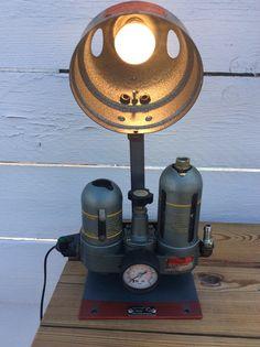 Lampe récup deco loft industriel ancien régulateur pression